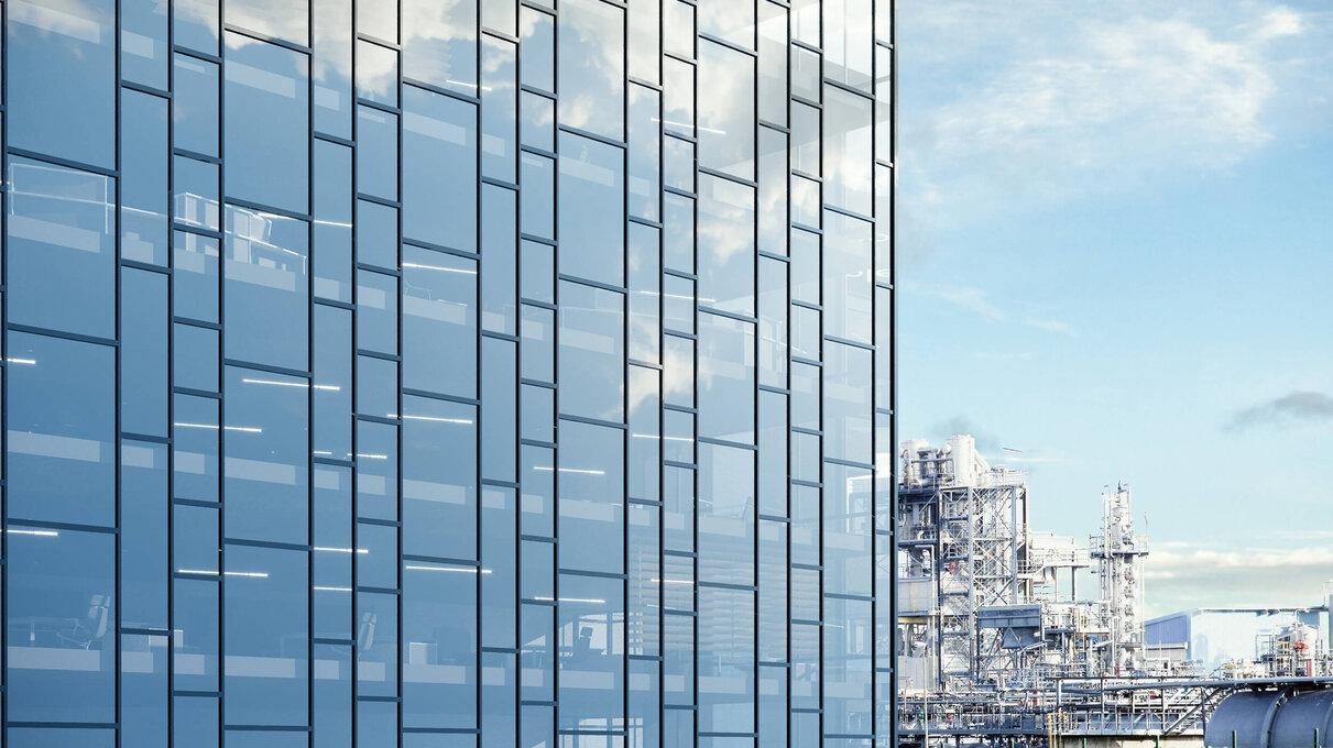 Mur rideau grand immeuble