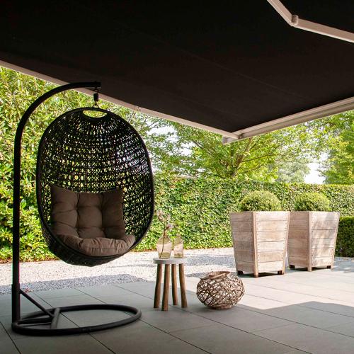 Protection solaire en toile micro-perforée pour jardin