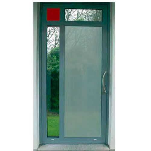 Porte en aluminium avec tirant en inox